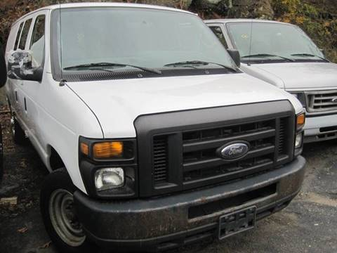 2013 Ford E-Series Cargo for sale at Zinks Automotive Sales and Service - Zinks Auto Sales and Service in Cranston RI
