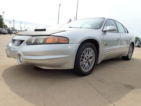 2000 Pontiac Bonneville for sale in Flint, MI