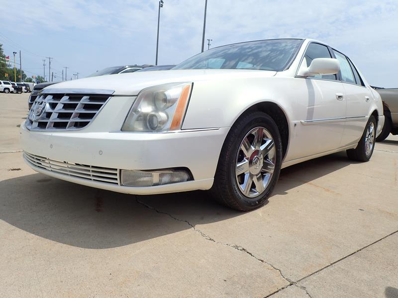 2006 CADILLAC DTS white none 107470 miles VIN 1G6KD57Y16U251944