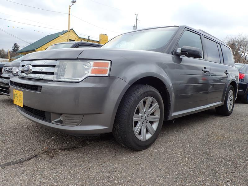 2009 FORD FLEX SE CROSSOVER 4DR gray door handle color - body-color exhaust tip color - stainles