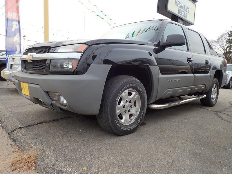 2002 CHEVROLET AVALANCHE 1500 4DR 4WD CREW CAB SB black none 212000 miles VIN 3gnek13t62g1207