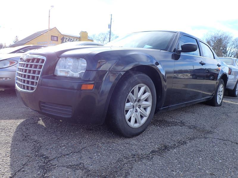 2008 CHRYSLER 300 LX 4DR SEDAN black none 243000 miles VIN 2C3KA43R48H141852