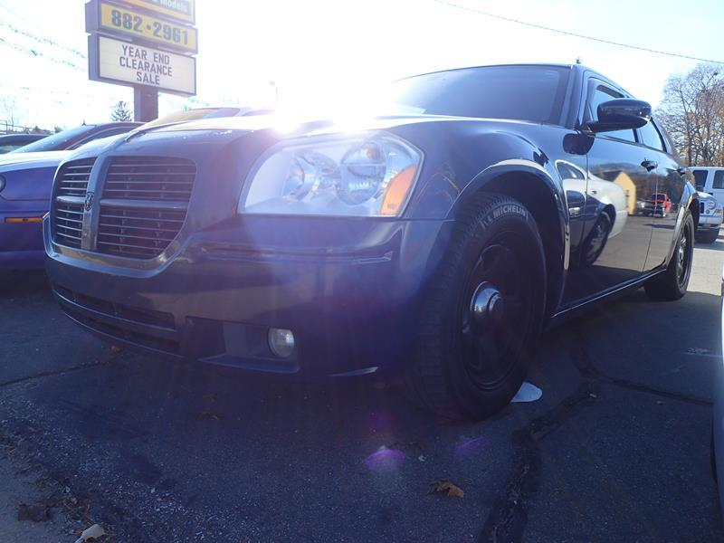 2006 DODGE MAGNUM blue none 153000 miles VIN 164709