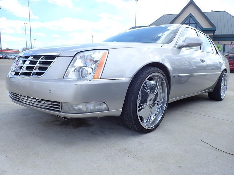 2006 CADILLAC DTS silver none 119000 miles VIN 1G6KD57Y56U197628