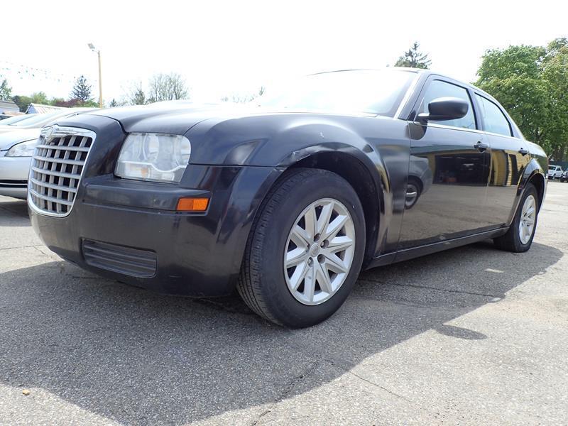 2008 CHRYSLER 300 LX 4DR SEDAN black none 243000 miles VIN 2C3KA43R48H141852
