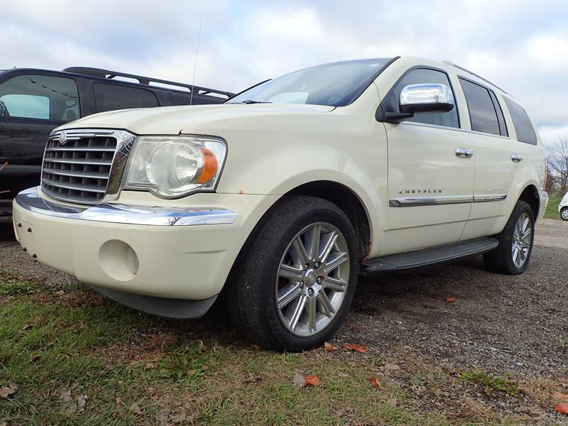 2007 CHRYSLER ASPEN LIMITED 4X4 4DR SUV white none 191000 miles VIN 1A8HW58287F529605