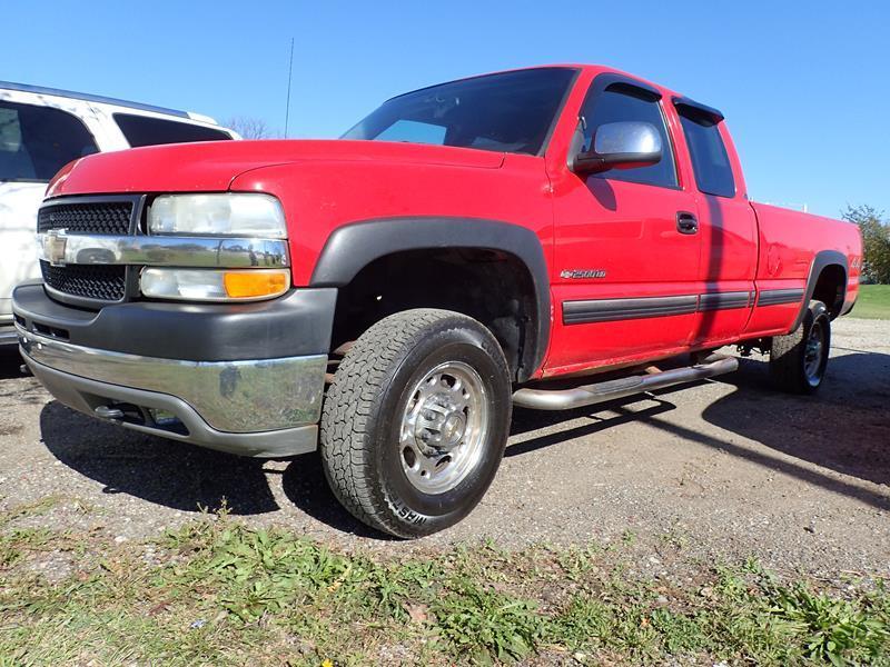 2002 CHEVROLET SILVERADO 2500HD LS red none 230870 miles VIN 1GCHK29U62E140977