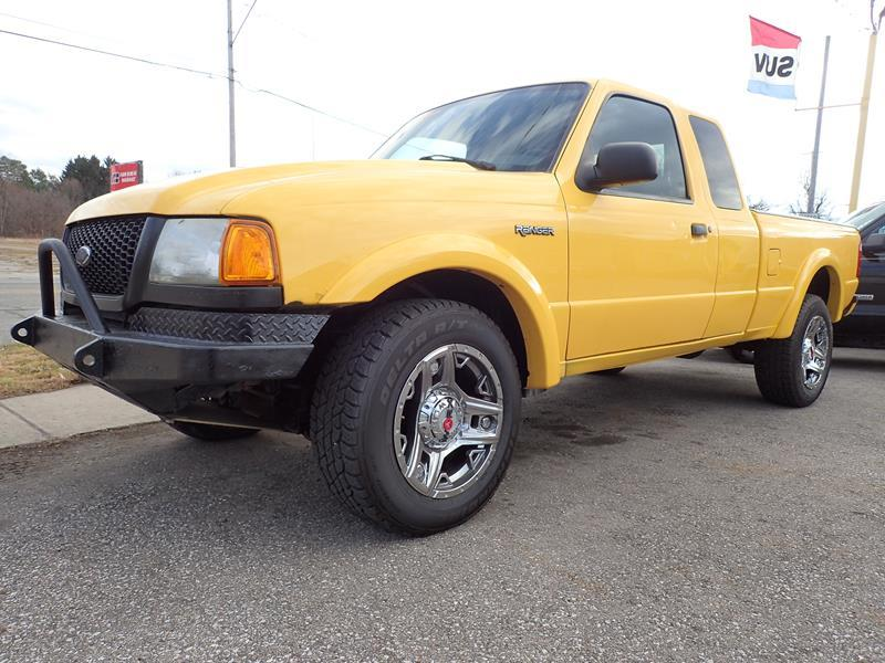 2002 FORD RANGER yellow none 97000 miles VIN 1FTZR45E92PB41295