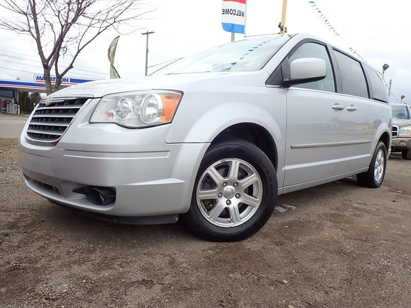 2009 CHRYSLER TOWN AND COUNTRY silver none 154636 miles VIN 2ABHR54189R626545