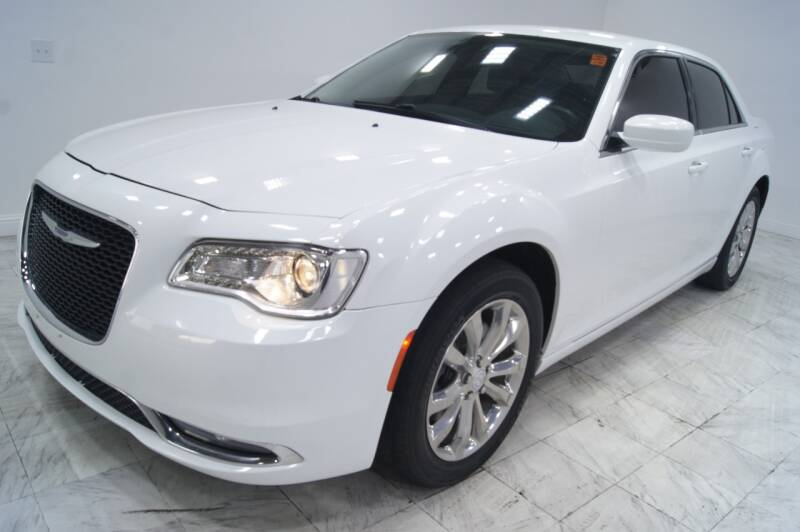 2016 Chrysler 300 for sale at Sacramento Luxury Motors in Carmichael CA