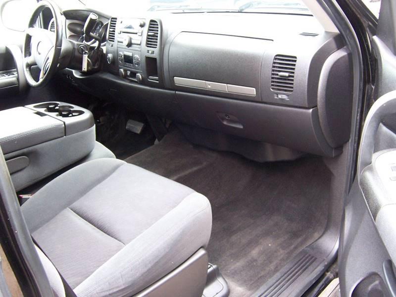 2009 Chevrolet Silverado 1500 4x4 LT 4dr Extended Cab 5.8 ft. SB - Heyworth IL