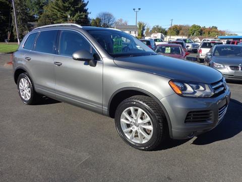 2014 Volkswagen Touareg for sale in East Windsor, CT