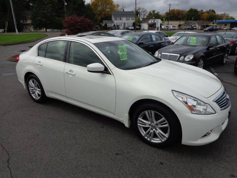 2013 Infiniti G37 Sedan for sale at BETTER BUYS AUTO INC in East Windsor CT
