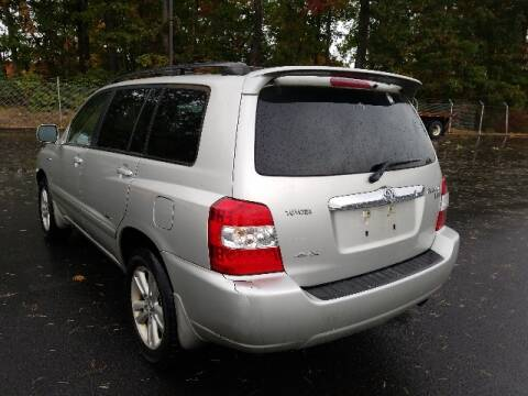 2007 Toyota Highlander Hybrid for sale at BETTER BUYS AUTO INC in East Windsor CT