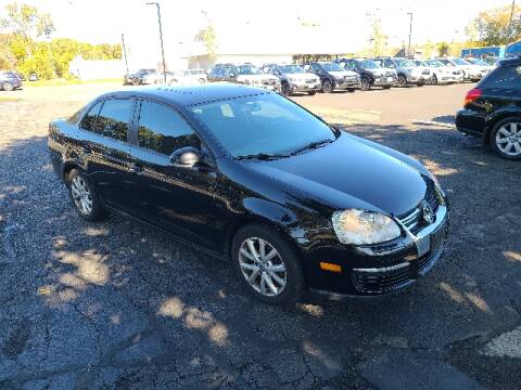 2010 Volkswagen Jetta for sale at BETTER BUYS AUTO INC in East Windsor CT