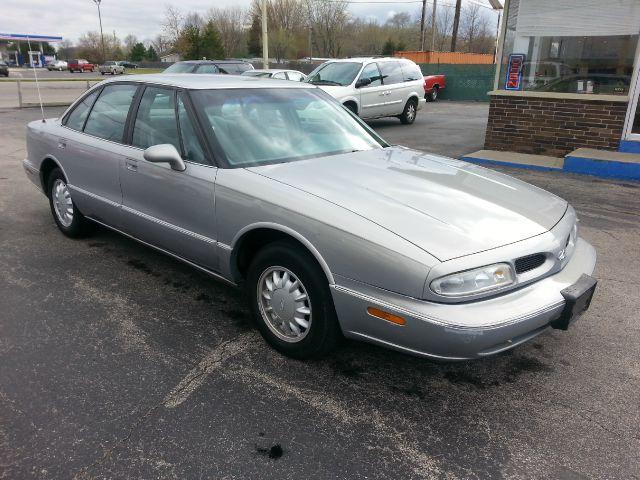 1998 Oldsmobile Eighty-Eight Base 4dr STD Sedan - Wauseon OH