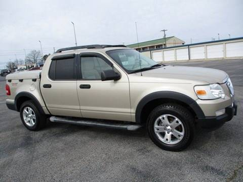 2007 Ford Explorer Sport Trac for sale at GOWEN WHOLESALE AUTO in Lawrenceburg TN