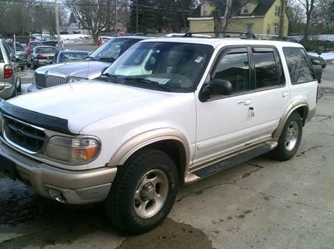 2000 Ford Explorer for sale in Richmond, IL