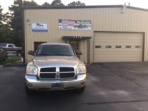 2005 Dodge Dakota for sale at EMH Imports LLC in Monroe NC