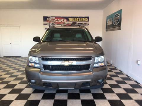 2007 Chevrolet Suburban for sale at EMH Imports LLC in Monroe NC