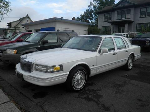 1996 Lincoln Town Car for sale in Lewistown, PA