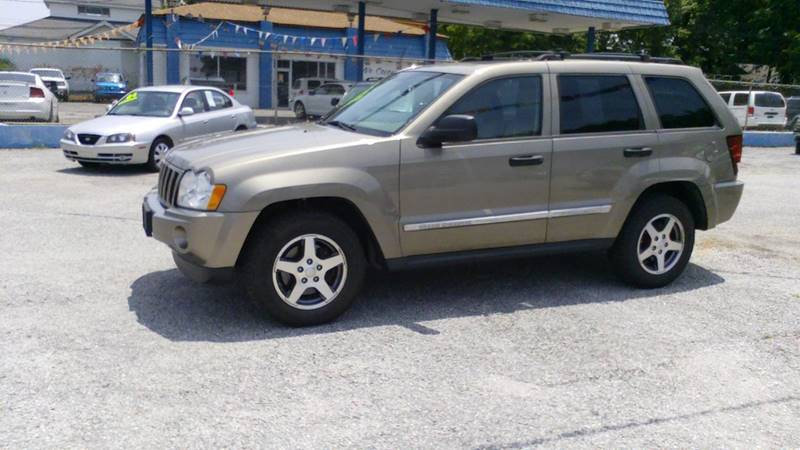 2005 Jeep Grand Cherokee 4dr Laredo 4WD SUV - Memphis TN
