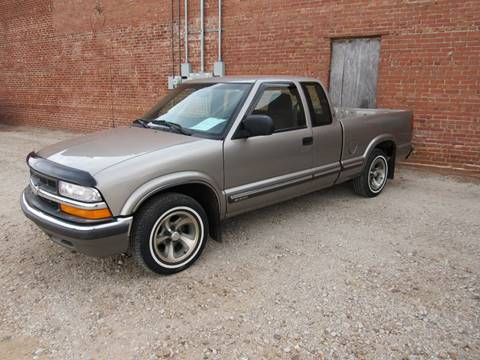 2000 Chevrolet S-10 for sale in Enid OK
