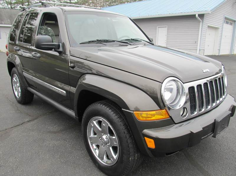 2005 Jeep Liberty for sale at Scott's Auto Wholesale LLC in Locust Grove VA