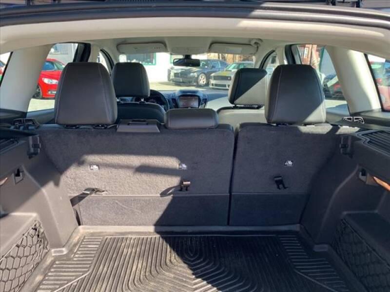 2014 Ford C-MAX Hybrid SEL (image 9)