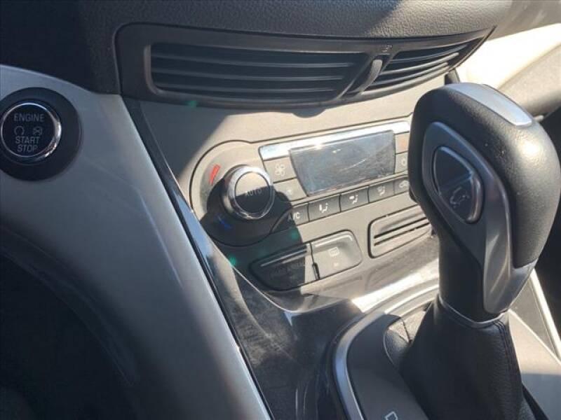 2014 Ford C-MAX Hybrid SEL (image 21)