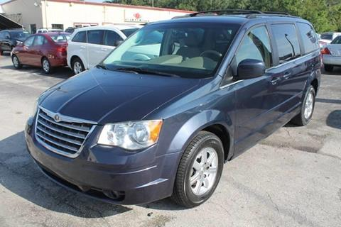 2008 Chrysler Town and Country for sale in Kissimmee, FL