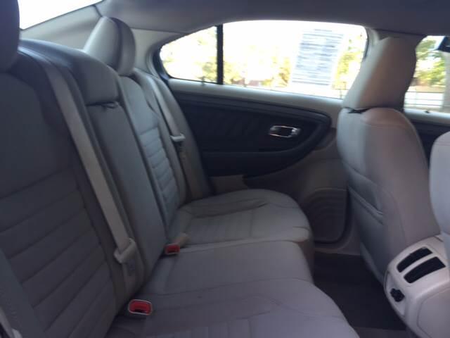 2010 Ford Taurus SE 4dr Sedan - Wichita KS