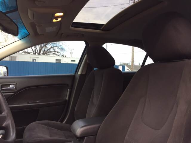 2009 Ford Fusion SE 4dr Sedan - Wichita KS