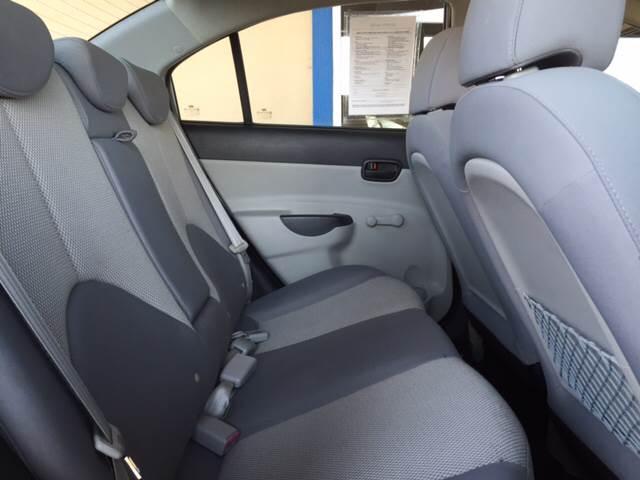 2010 Hyundai Accent GLS 4dr Sedan - Wichita KS
