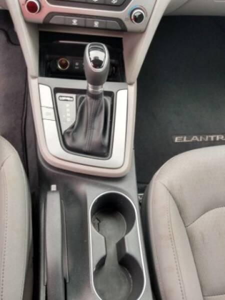 2018 Hyundai Elantra SE 6AT - Montgomery AL