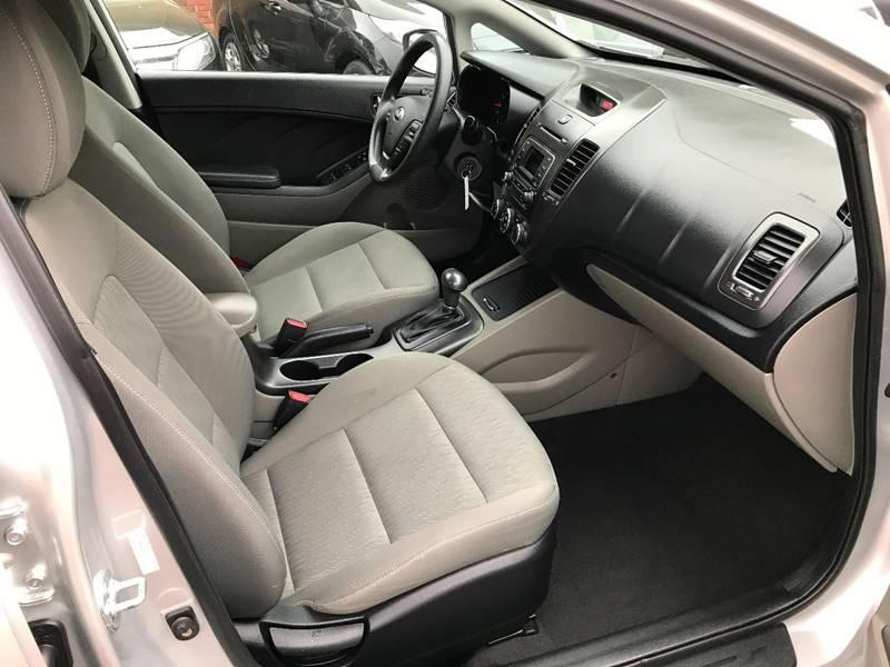 2016 Kia Forte LX 4dr Sedan 6A - Hickory NC