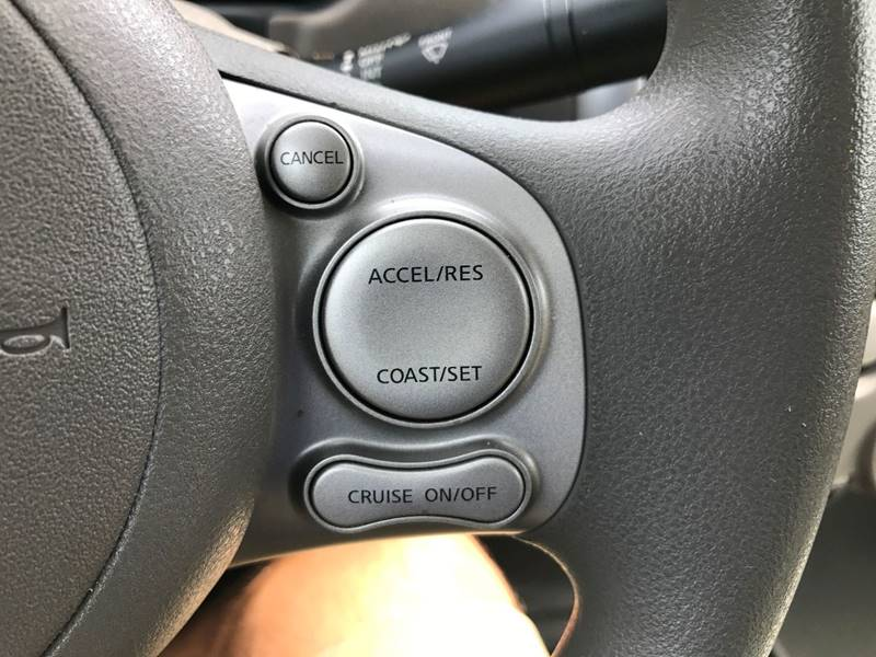 2013 Nissan Versa 1.6 SV 4dr Sedan - Hickory NC