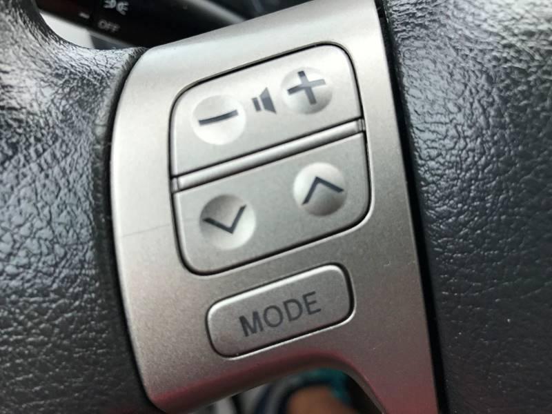 2012 Toyota Corolla LE 4dr Sedan 4A - Hickory NC