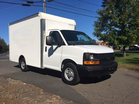 2013 Chevrolet Express Cutaway for sale in Windsor Locks, CT