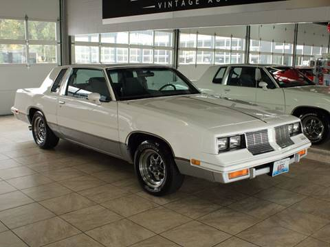 1985 Oldsmobile Cutlass Salon for sale in St Charles, IL