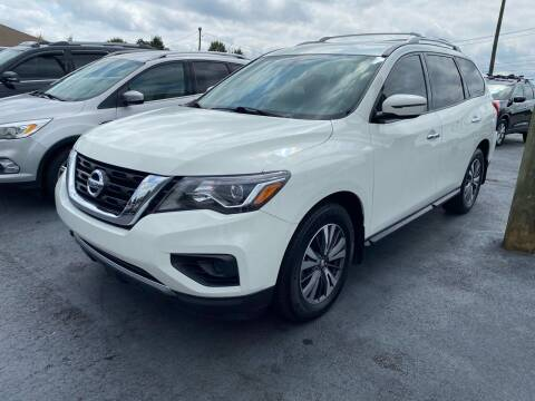 2017 Nissan Pathfinder for sale at Penland Automotive Group in Taylors SC