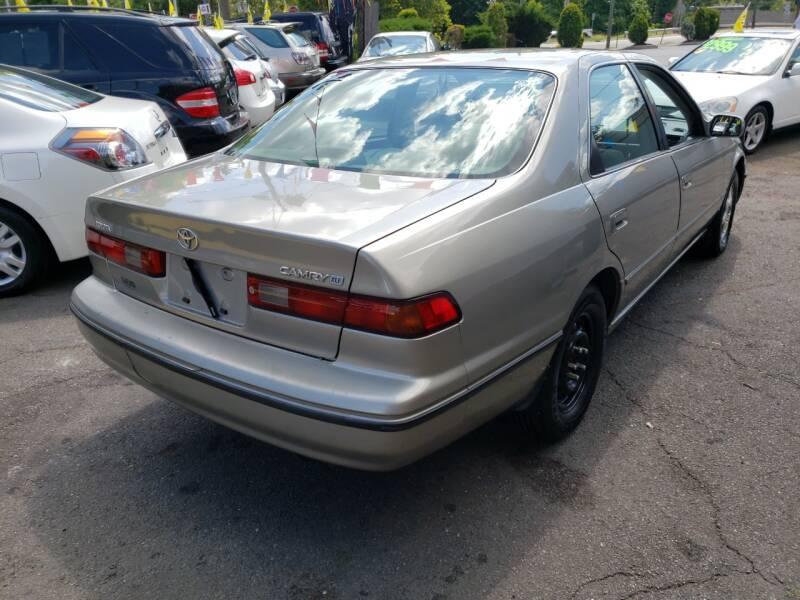 1998 Toyota Camry XLE 4dr Sedan - Fair Lawn NJ