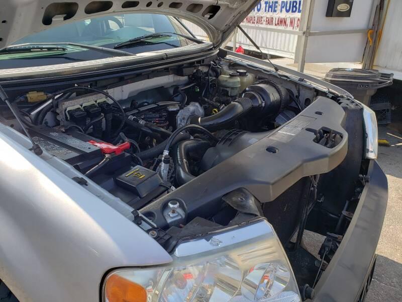 2005 Ford F-150 2dr Standard Cab XL Rwd Styleside 8 ft. LB - Fair Lawn NJ