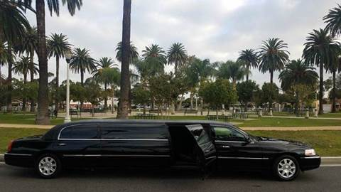 2010 Black Lincoln Town Car Limo for sale in Los Angeles, CA