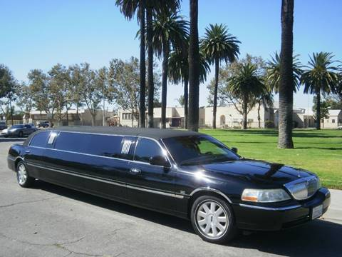 2007 Lincoln Town Car for sale at American Limousine Sales in Los Angeles CA