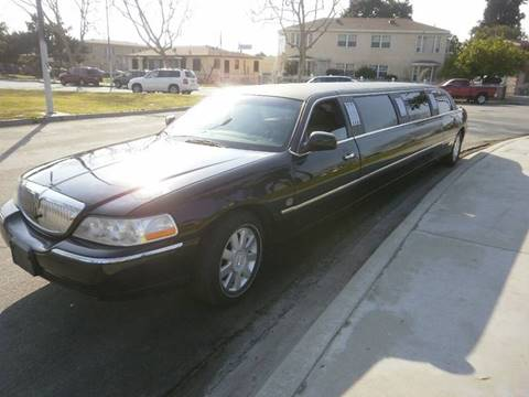 2005 Lincoln Town Car for sale at American Limousine Sales in Los Angeles CA