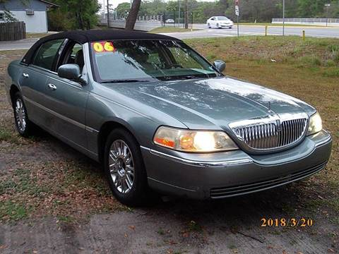 Lincoln town car for sale carsforsale 2006 lincoln town car for sale in new port richey fl sciox Image collections