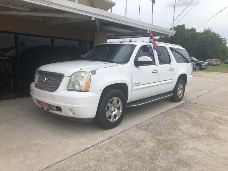 2007 GMC Yukon XL for sale at FREDY CARS FOR LESS in Houston TX