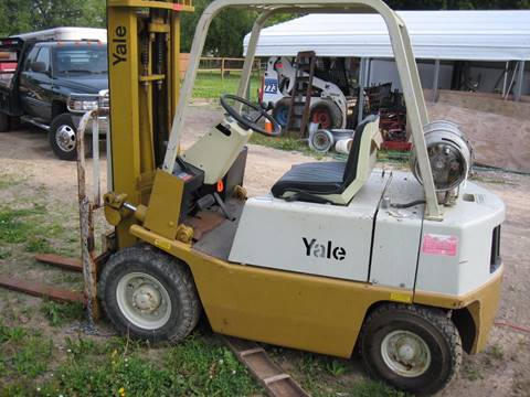 1901 yale pneumatic tire  forklift 5k for sale in Columbus, OH