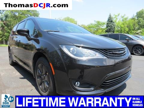 2019 Chrysler Pacifica Hybrid for sale in Highland, IN